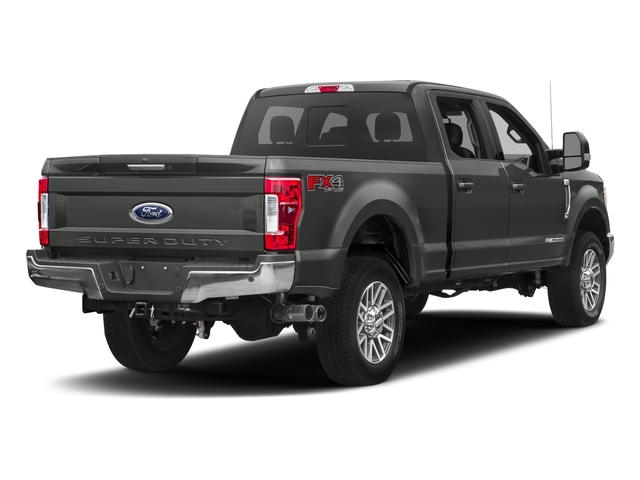 2017 Ford Super Duty F-350 SRW Lariat 4WD Crew Cab 8 Box
