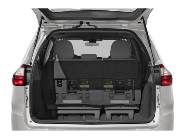 2019 Toyota Sienna LE Auto Access Seat