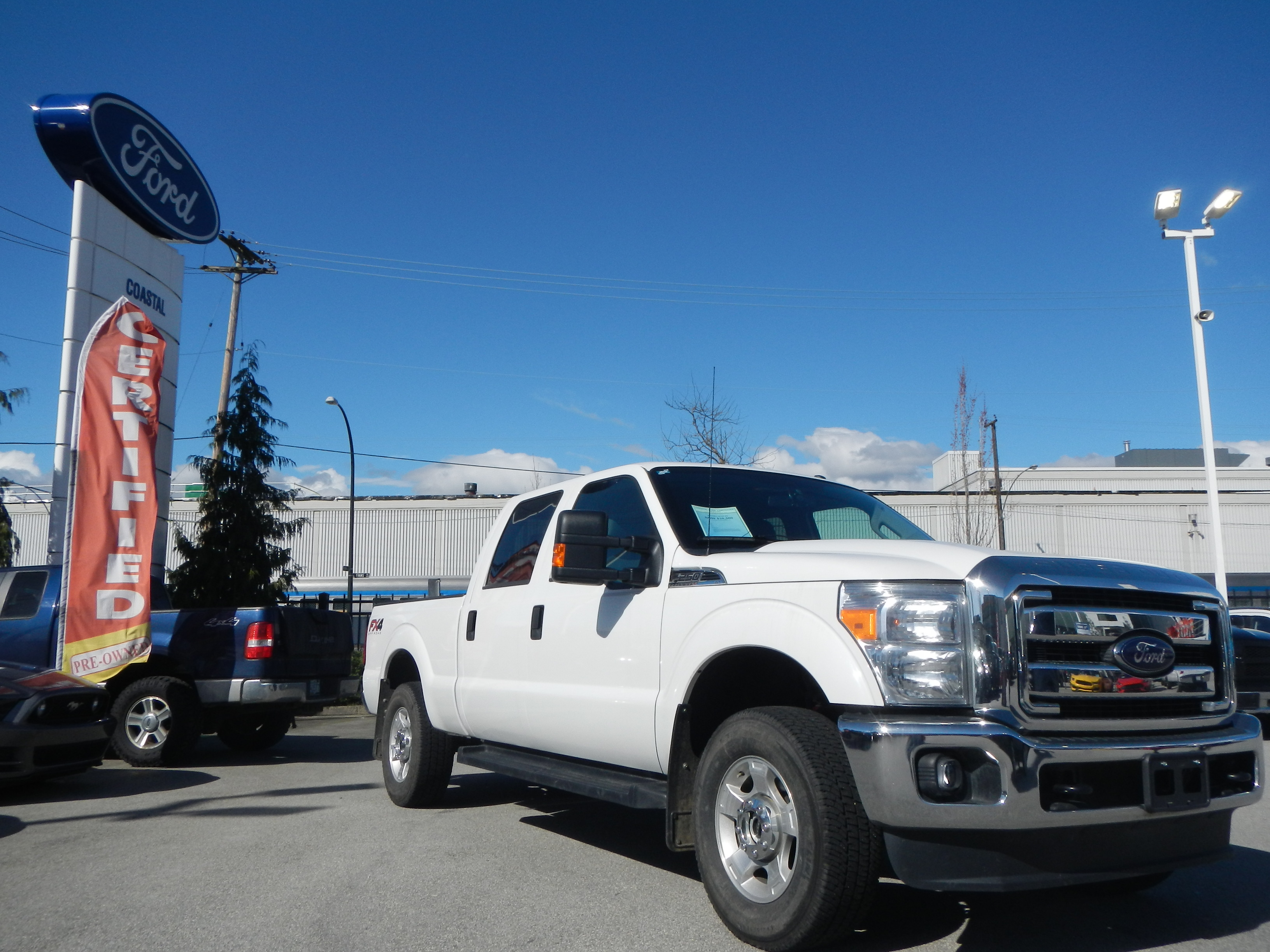 en duty trend rating trucks ford super reviews canada xlt cab side f truck motor view cars and crew