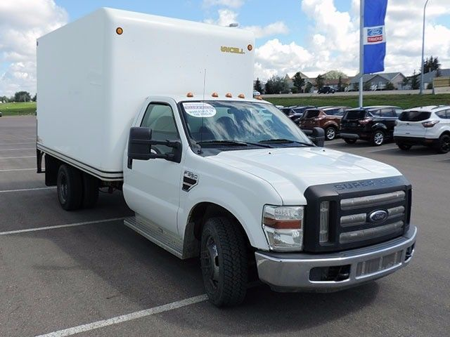 2009 Ford Super Duty F-350 DRW XL