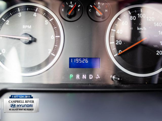 2011 Ram 1500 SLT  Tonneau Cover Included!