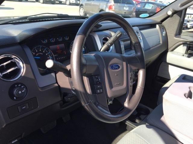 2013 Ford F-150 2WD SuperCab 145 XLT