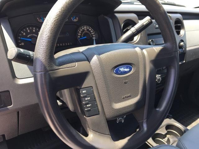 2013 Ford F-150 2WD Reg Cab 145 XL