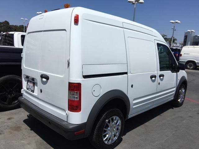2013 Ford Transit Connect 114.6 XL w/o side or rear door gla