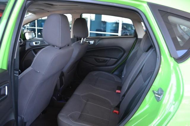 2014 Ford Fiesta SE w/Navigation