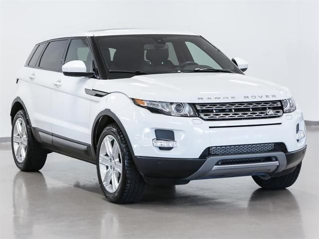 v hicules d 39 occasion certifi s 2014 land rover range rover evoque d tails. Black Bedroom Furniture Sets. Home Design Ideas