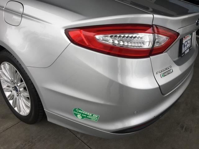 2015 Ford Fusion Energi SE Luxury w/Navigation