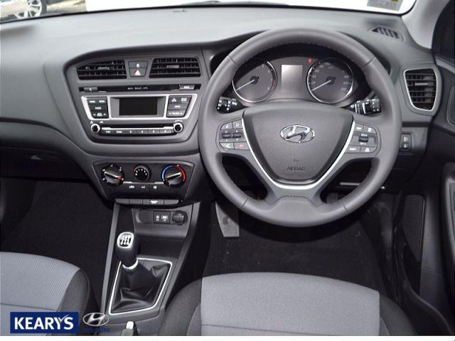 2015 Hyundai I20 11 DIESEL DELUXE