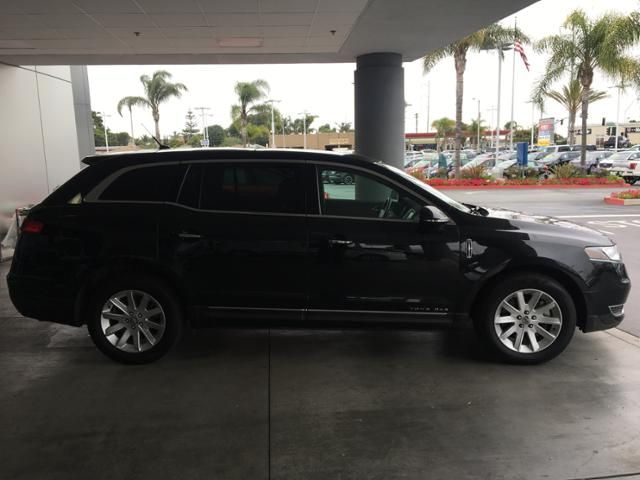 2015 Lincoln MKT 4dr Wgn 3.7L AWD w/Livery Pkg