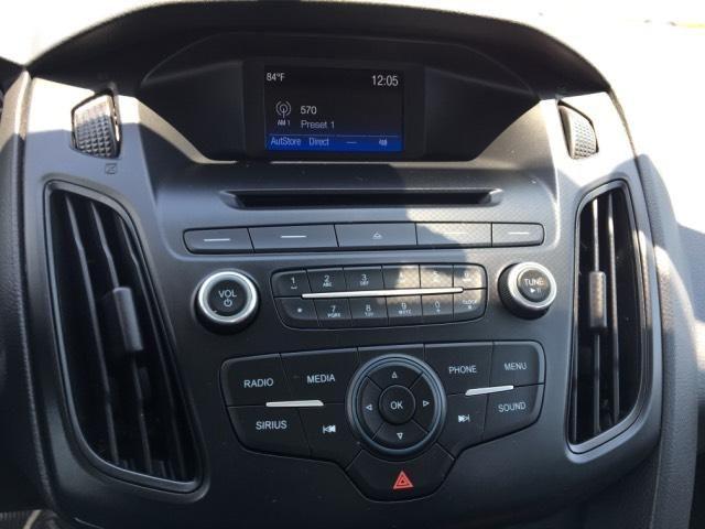 2016 Ford Focus 5dr HB SE