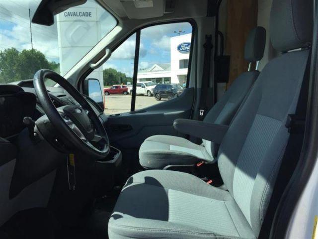 2016 Ford Transit-250 148 WB Cargo