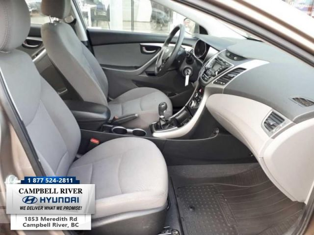 2016 Hyundai Elantra GL   - Manual 6 speed