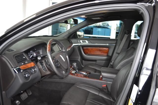 2016 Lincoln MKS 4dr Sdn 3.7L FWD