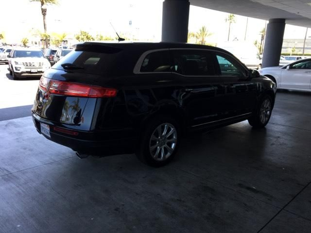 2016 Lincoln MKT 4dr Wagon 3.7L FWD