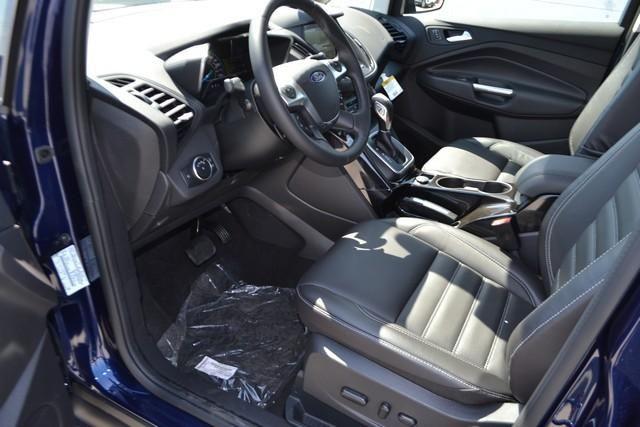 2017 Ford C-Max Hybrid Titanium FWD