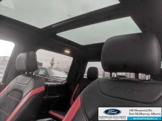 2017 Ford F-150 Lariat|5.0L|Special Edition Pkg|Rem Start|Nav|Twin Panel Moonroo