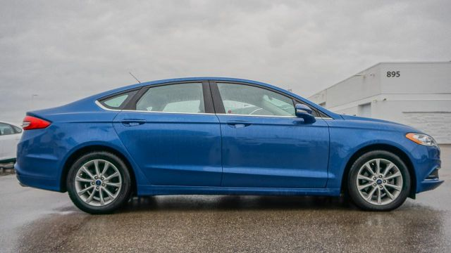 2017 Ford Fusion 4dr Sdn SE FWD