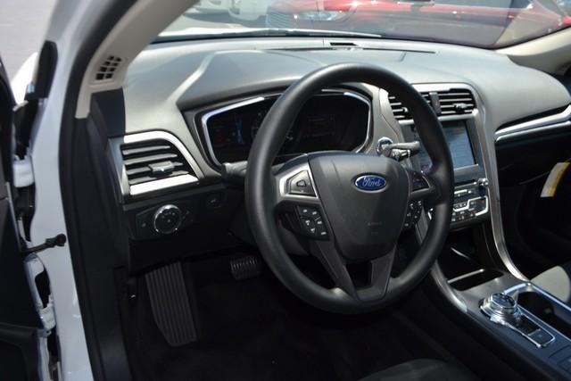 2017 Ford Fusion HYBRID HYBRID SE
