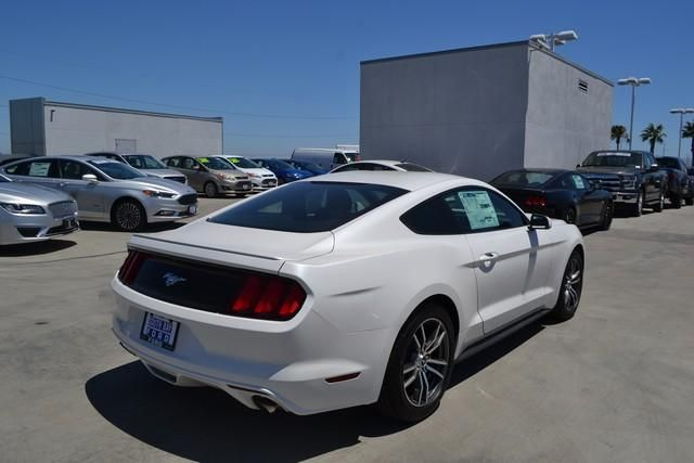 2017 Ford Mustang EcoBoost Fastback