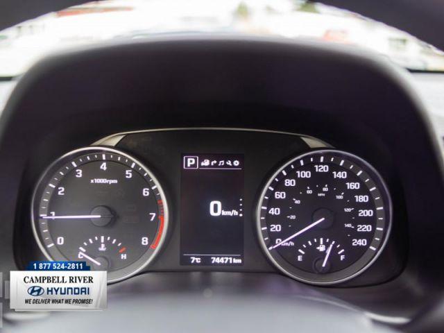 2017 Hyundai Elantra Limited  - 60/40 Split -  Cruise Control