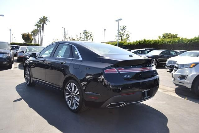 2017 Lincoln MKZ Reserve FWD