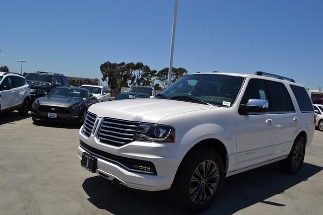 2017 Lincoln Navigator 4x4 Select