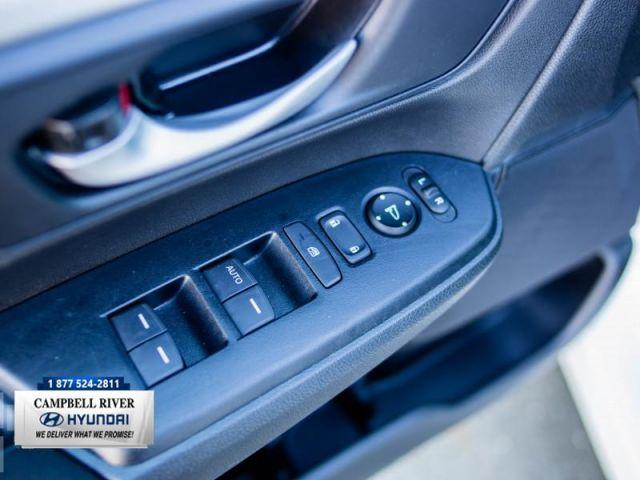 2018 Honda CR-V LX 2WD  Super Low KMS!