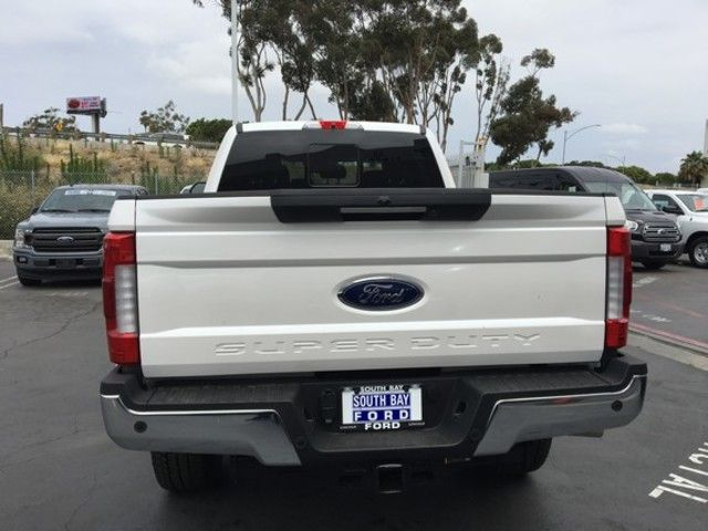 2019 Ford Super Duty F-250 SRW LARIAT 4WD Crew Cab 6.75 Box