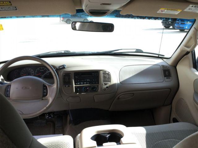 2001 Ford F-150 XLT SC 4X2