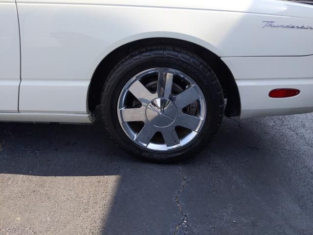 2002 Ford Thunderbird 2dr Convertible Premium