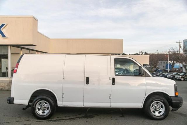 2004 Chevrolet Express 1500 XL
