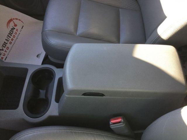 2004 Dodge Durango SLT  -  - Air - Tilt