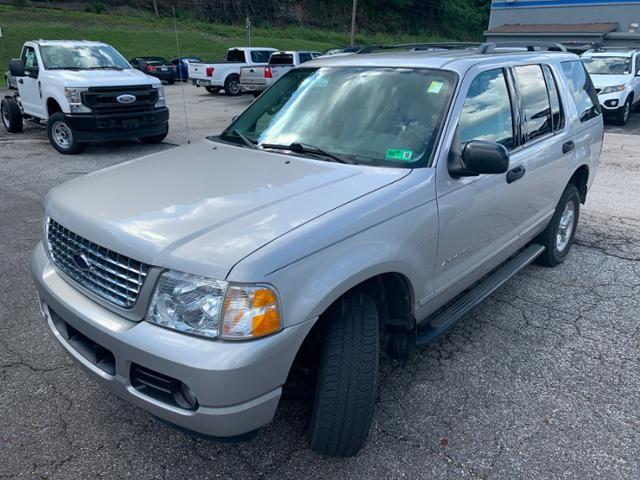 2004 Ford Explorer 4dr 114 WB 4.0L XLT 4WD