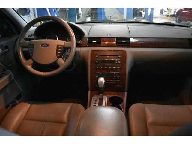 2007 Ford Five Hundred * HEATED SEATS * LEATHER * KEYLESS ENTRY
