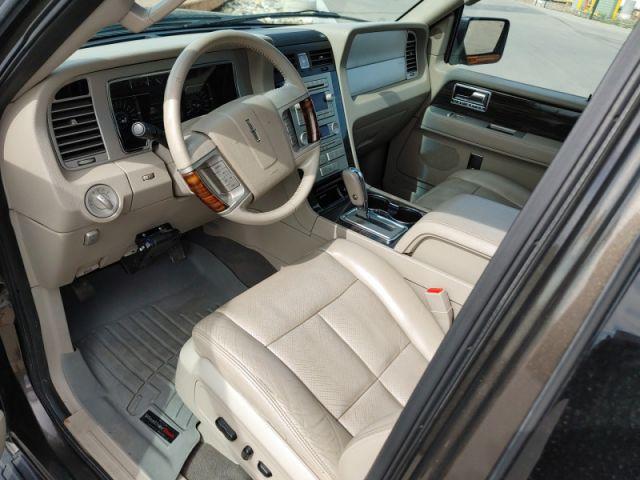 2008 Lincoln Navigator Ultimate  - $147 B/W