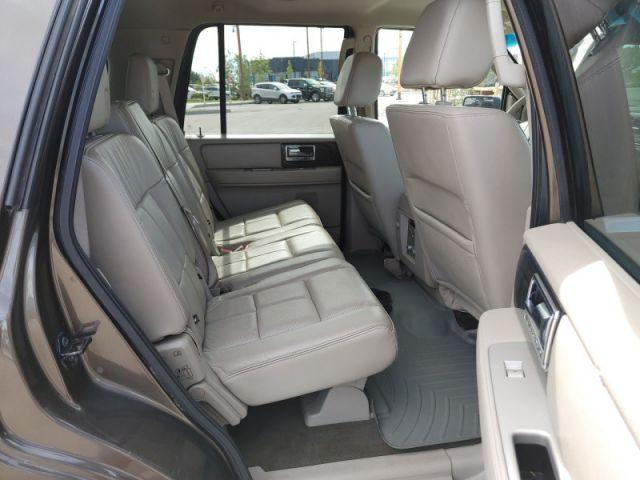 2008 Lincoln Navigator Ultimate  - $137 B/W