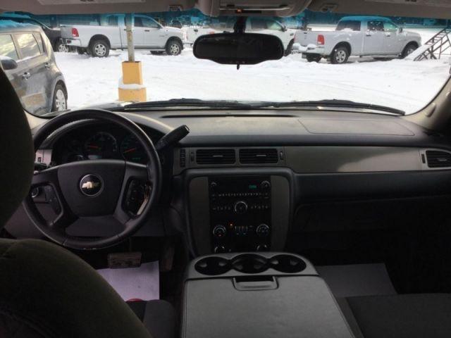 2009 Chevrolet Tahoe LS  -  - Air - Rear Air