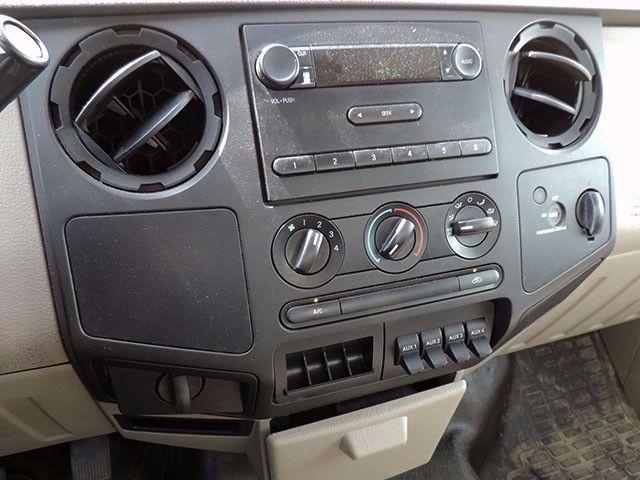 2009 Ford Super Duty F-350 DRW XL DIESEL