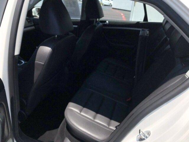 2009 Volkswagen Jetta 4dr Auto SEL PZEV