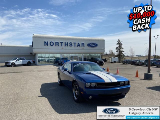 2010 Dodge Challenger SE  |LEATHER| AUTO| SUNROOF| SUMMER AND WINTER RIMS AND TIRES|