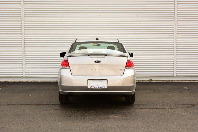 2010 Ford Focus SE / ACCIDENT FREE/ SPORT PKG /