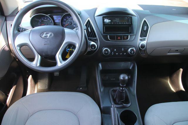 2010 Hyundai Tucson GLS Sport Utility