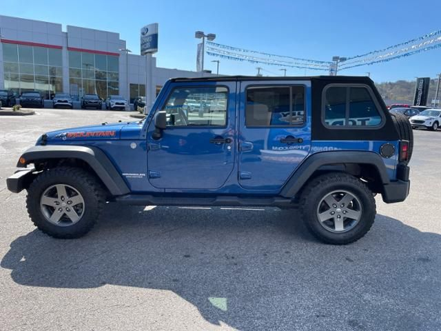 2010 Jeep Wrangler Unlimited 4WD 4dr Mountain