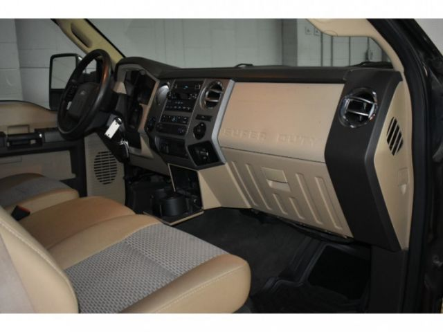2011 Ford F-250 Super Duty BASE  - Power Mirrors