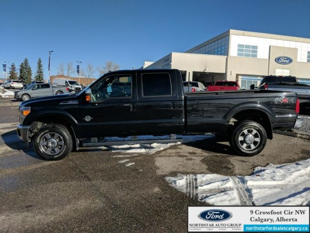2011 Ford F-350 Super Duty Lariat  |LARIAT| DIESEL| LEATHER| NAV| LOW KMS|