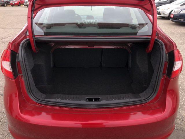 2011 Ford Fiesta SE  -  Power Doors -  Power Seats