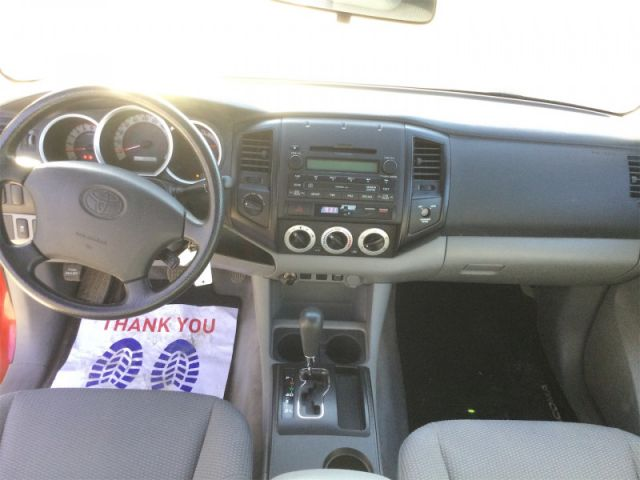2011 Toyota Tacoma SC 4X4