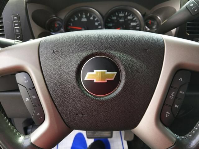 2012 Chevrolet Silverado 1500 4WD Crew Cab 143.5 LT