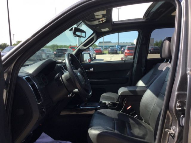 2012 Ford Escape LIMITED AWD  - Leather Seats