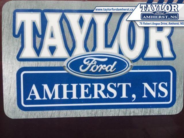 2012 Ford Focus SE  - Trade-in - Local - Non-smoker - $38.99 /Wk